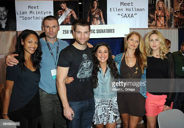 Catmembers from 'Spartacus' Actors Cynthia AddaiRobinson Stephen Dunlevy Liam McIntyre Jenna Lind Ellen Hollman and Anna Hutchinson sign autographs...