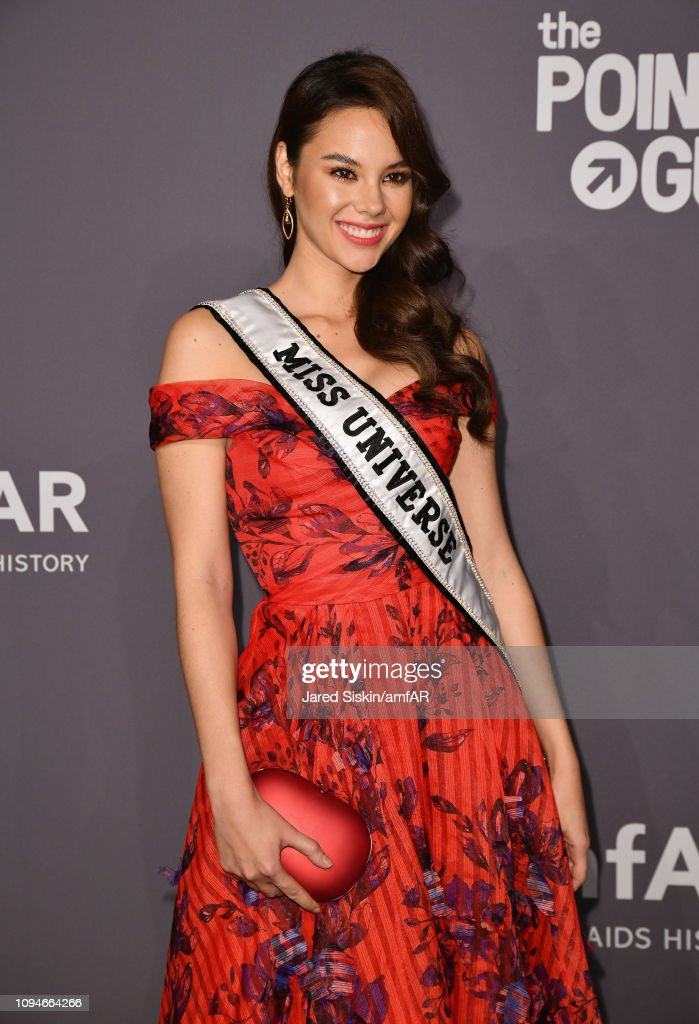 miss universe 2018 durante amfar gala new york 2019. Catriona-gray-attends-the-amfar-new-york-gala-2019-at-cipriani-wall-picture-id1094664266