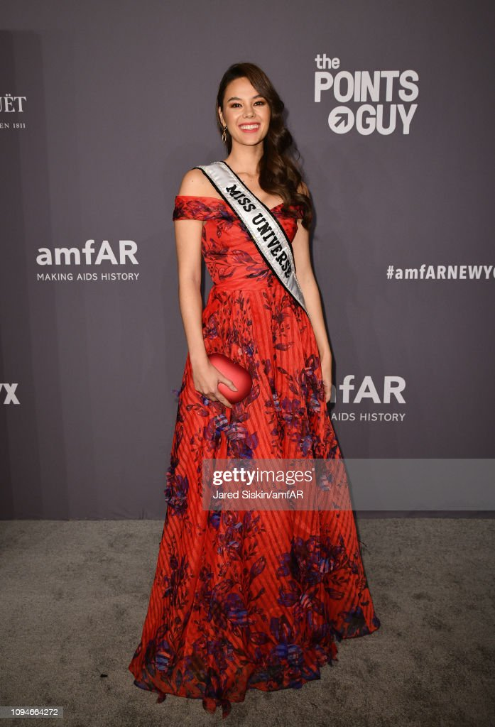 miss universe 2018 durante amfar gala new york 2019. Catriona-gray-attends-the-amfar-new-york-gala-2019-at-cipriani-wall-picture-id1094664272