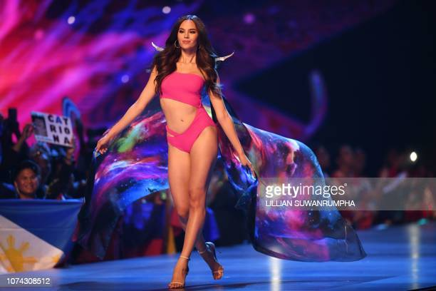 Catriona Gray of the Philippines competes in swimsuit during the 2018 Miss Universe Pageant in Bangkok on December 17 2018 Miss Philippines was...