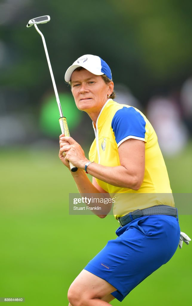 Catriona Matthew of Team Europe reacts to a putt during the second day morning foursomes matches of The Solheim Cup at Des Moines Golf and Country Club on August 19, 2017 in West Des Moines, Iowa.