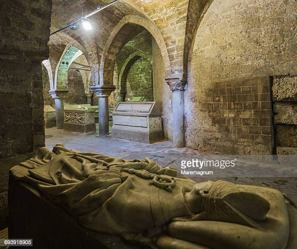 cattedrale (cathedral) di palermo, the crypt - クリプト ストックフォトと画像