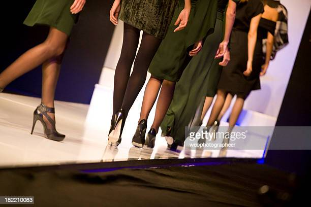 catwalk - fashion show stock pictures, royalty-free photos & images