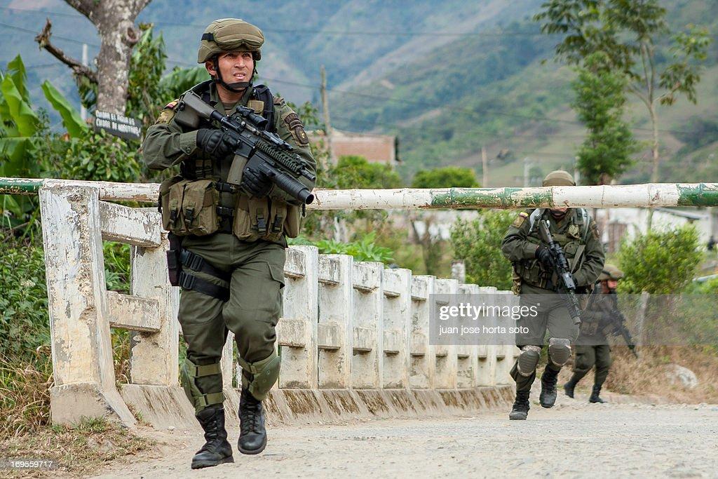GUERRA EN EL CAUCA : ニュース写真
