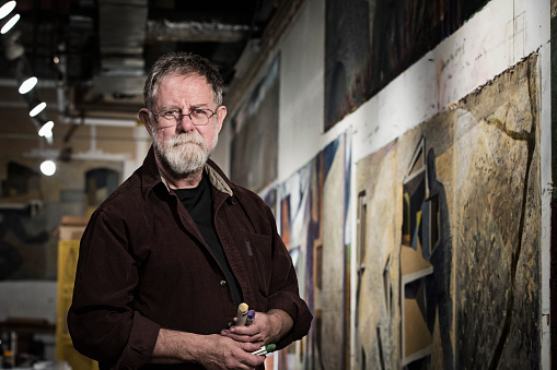 Caucasian artist in studio - gettyimageskorea