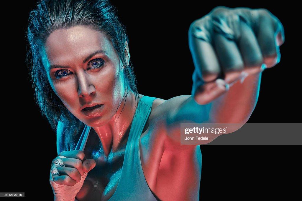 Caucasian boxer in fighting stance : ストックフォト