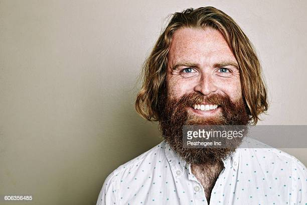 caucasian man smiling - facial hair stock pictures, royalty-free photos & images