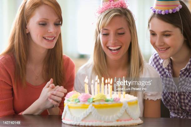 caucasian teenage girls at birthday party - 18 19 years stock pictures, royalty-free photos & images