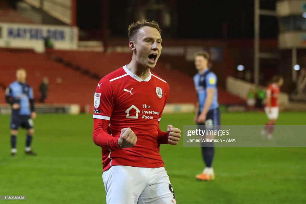 Barnsley v Wycombe Wanderers - Sky Bet Championship : News Photo