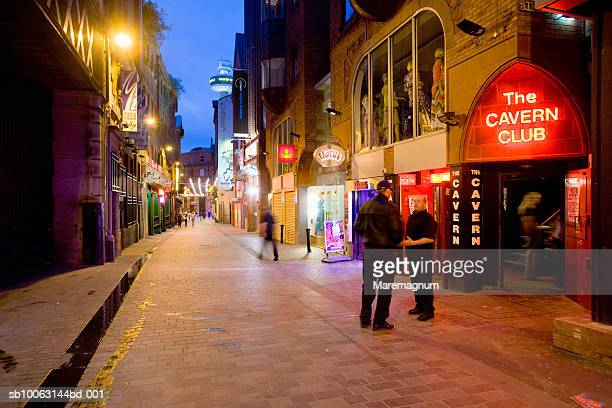cavern club at night - liverpool england stock pictures, royalty-free photos & images