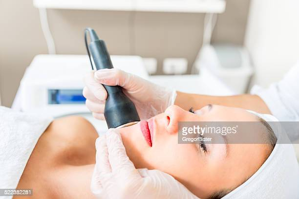 cavitation treatment - medical laser stock photos and pictures