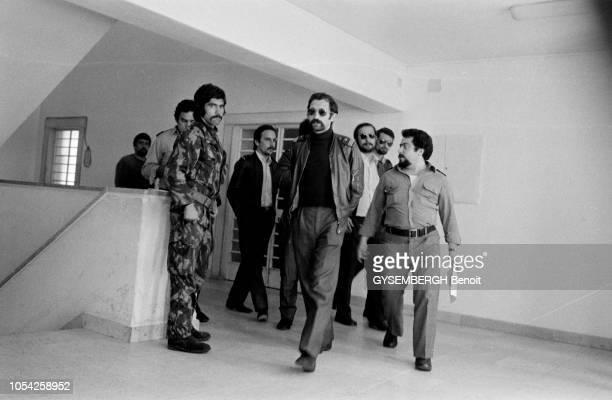 Caxias Portugal avril 1975 Des participants à la tentative de coup d'Etat du 11 mars 1975 détenus à la prison de Caxias dans le district de Lisbonne