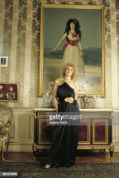 Cayetana Fitz James duchess of Alba in the Liria Palace The duchess with the portrait of her ancestress painted by Goya