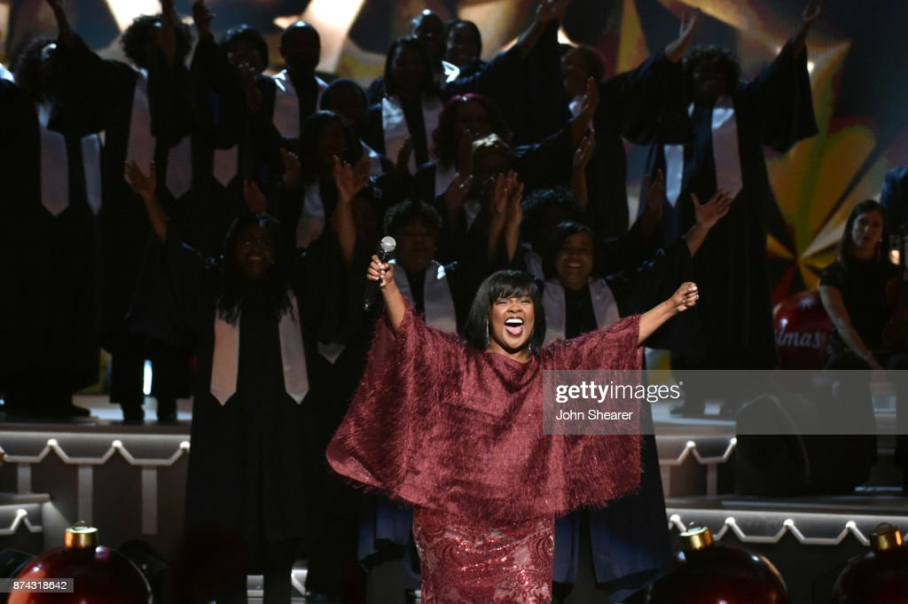 CeCe Winans performs onstage for CMA 2017 Country Christmas at The Grand Ole Opry on November 14, 2017 in Nashville, Tennessee.