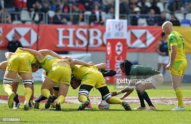 Cecil Afrika of South Africa feeds the scrum during the Plate final between South Africa and Australia on Day 3 of the HSBC Paris Sevens at Stade...