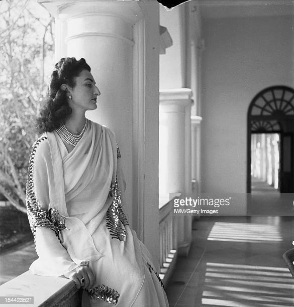 Political And Military Personalities Political Personalities Three quarter length portrait of Princess Durri Shehvar Berar only daughter of the...