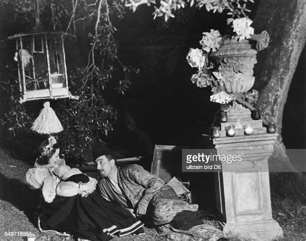 Cecil Beaton, summer party on his country house Ashcombe - Lady Daphne Straight and Mr. Christopher Sykes