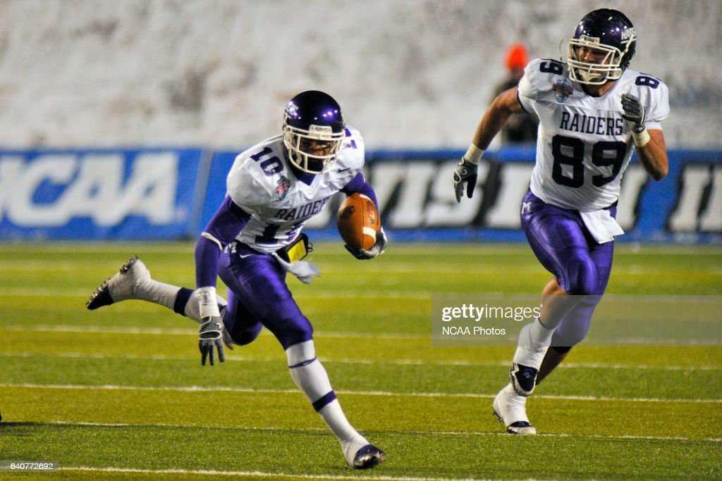 Cecil Shorts Iii Of Mount Union College Scores One Of His Two