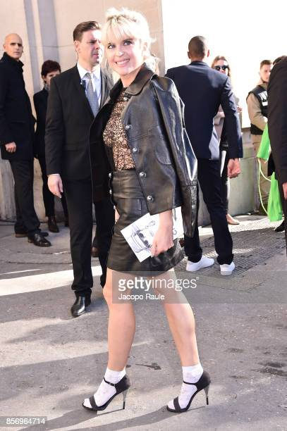 Cecile Cassel is seen arriving at Chanel show during Paris Fashion Week Womenswear Spring/Summer 2018on October 3 2017 in Paris France