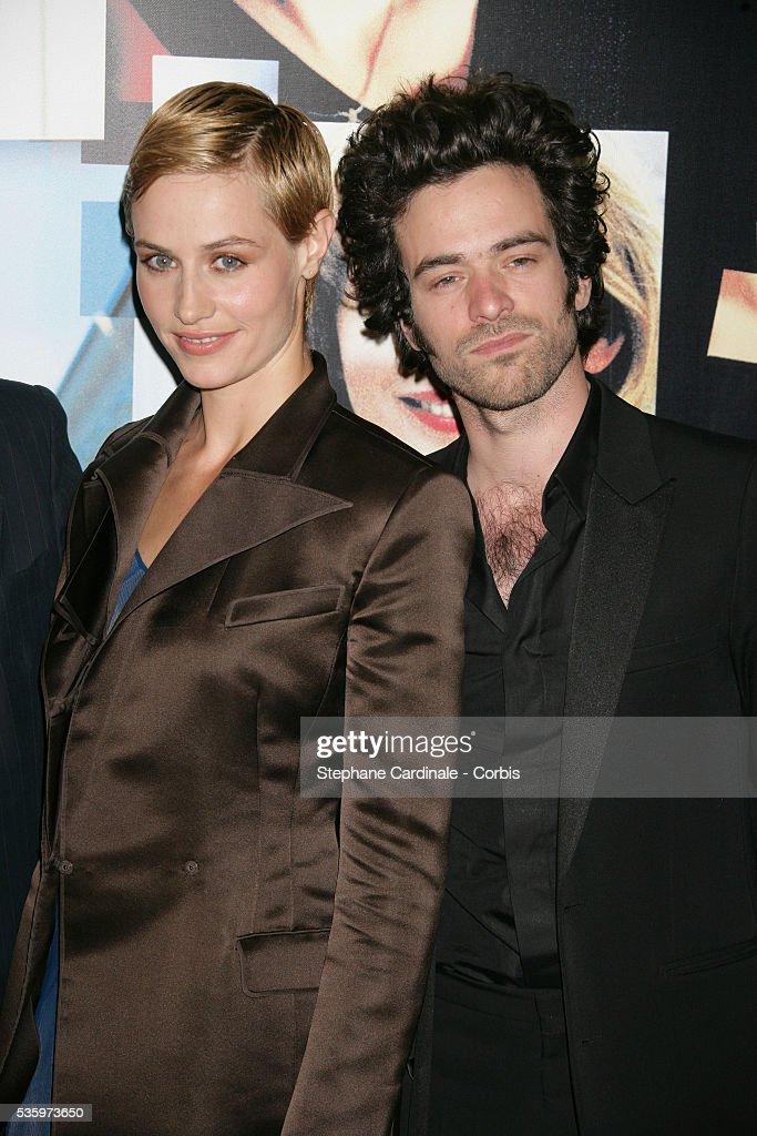 Cecile de France and Romain Duris attend the premiere of 'Les Poupees Russes' in Paris.