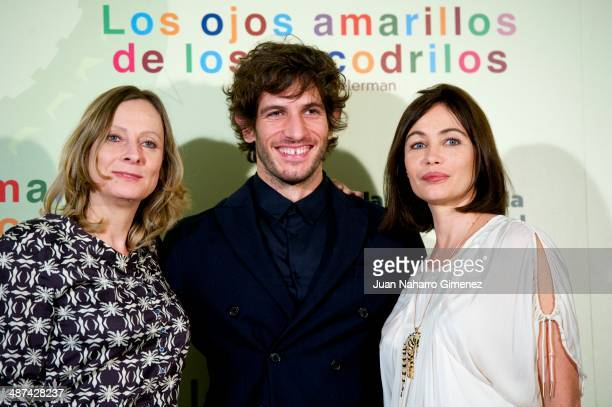 Cecile Telerman Quim Gutierrez and Emmanuelle Beart attend 'Los Ojos Amarillos de los Cocodrilos' photocall at Santo Mauro Hotel on April 30 2014 in...