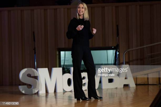 "Cecilia Hugony speaks during the panel ""Estrategia de Customer Experience en el mundo de las redes sociales"" as part of Social Media Day Buenos Aires..."