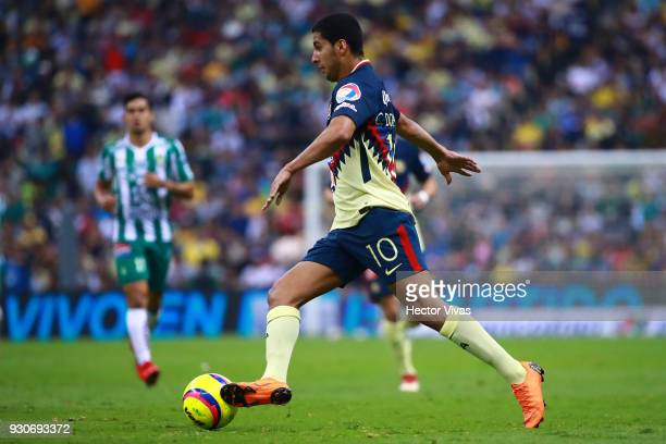 Cecilio Dominguez of America drives the ball during the 11th round match between America and Leon as part of the Torneo Clausura 2018 Liga MX at...