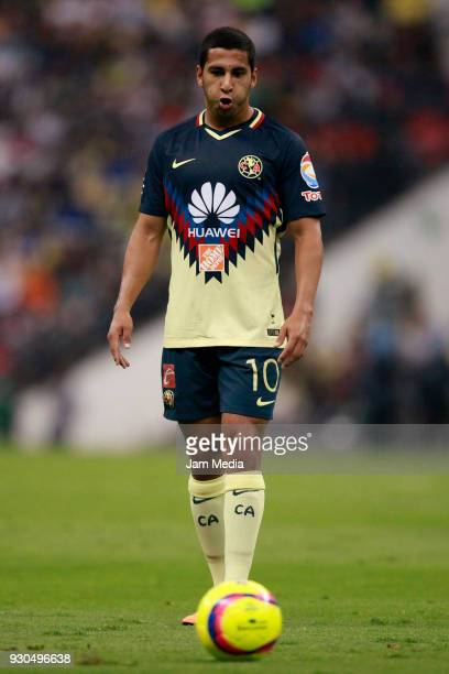 Cecilio Dominguez of America looks on during the 11th round match between America and Leon as part of the Torneo Clausura 2018 Liga MX at Azteca...