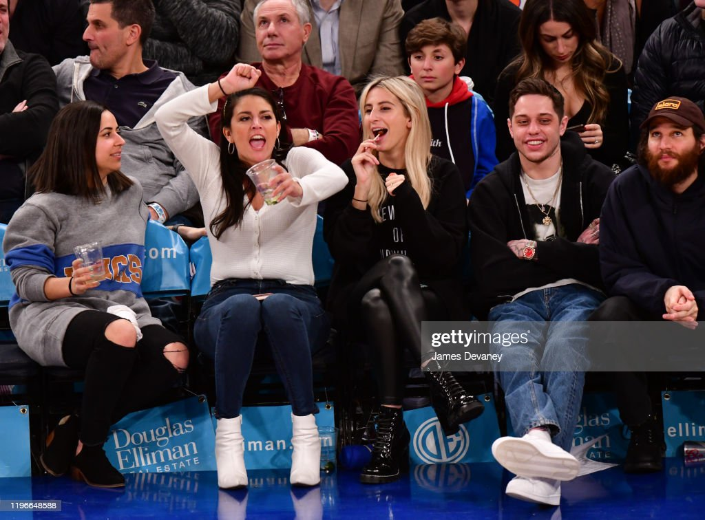 Celebrities Attend Brooklyn Nets v New York Knicks Game : News Photo