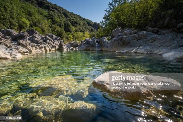 cecina river, pisa - tuscany, italy - río fotografías e imágenes de stock