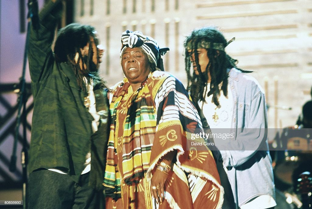 Cedella Booker Marley (mother of Bob Marley) and her grandsons Stephen Marley (l) and Damian Marley (r) at the One Love Bob Marley Tribute concert on December 19 1999 in Oracabessa, Jamaica.