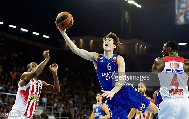 Cedi Osman #6 of Anadolu Efes Istanbul during the Turkish Airlines Euroleague Regular Season date 5 game between Anadolu Efes Istanbul v Olympiacos...
