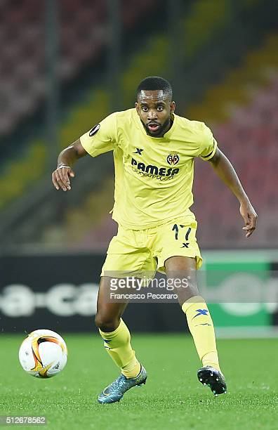 Cedric Bakambu of Villareal in action during the UEFA Europa League Round of 32 second leg match between SSC Napoli and Villarreal FC on February 25...