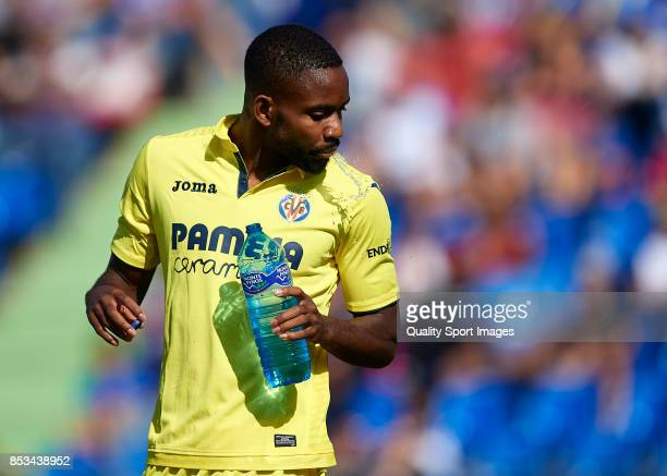 Cedric Bakambu of Villarreal drinks water during the La Liga match between Getafe and Villarreal at Coliseum Alfonso Perez on September 24 2017 in...