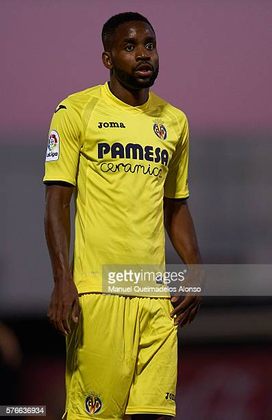 Cedric Bakambu of Villarreal looks on during the friendly match between Villarreal CF and CD Hospitalet at Ciudad Deportiva of Miralcamp on July 16...