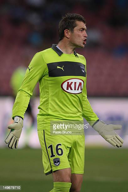 Cedric Carrasso the goalkeeper of FC Girondins de Bordeaux in action during the preseason friendly match between SSC Napoli and FC Girondins de...