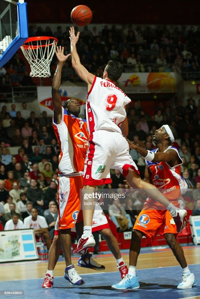 cedric ferchaud le mans cholet basket 13e journee pro a photo d 39 actualit getty images. Black Bedroom Furniture Sets. Home Design Ideas