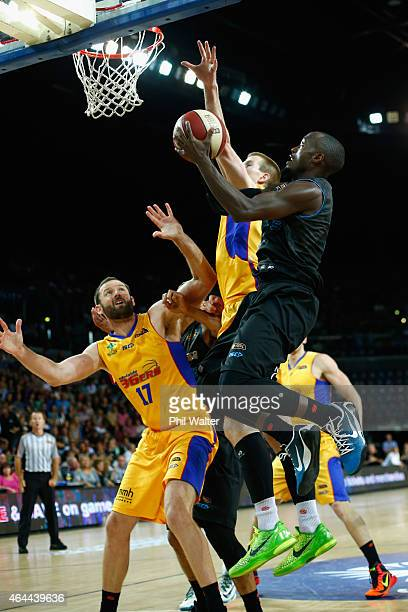 Cedric Jackson of the Breakers shoots during game one of the NBL Finals series between the New Zealand Breakers and the Adelaide 36ers at Vector...