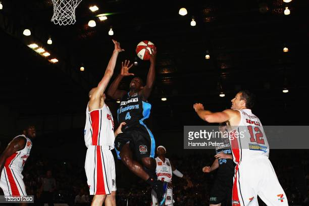 Cedric Jackson of the Breakers takes the ball up to the net during the round six NBL match between the New Zealand Breakers and the Wollongong Hawks...