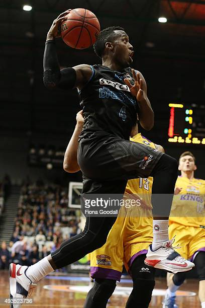 Cedric Jackson shoots during the round three NBL match between the New Zealand Breakers and the Sydney Kings at North Shore Events Centre on October...