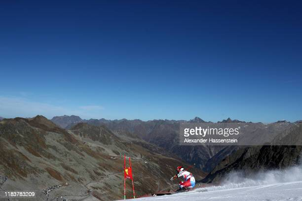 Cedric Noger of Switzerland competes during the Audi FIS Alpine Ski World Cup Men's Giant Slalom at Rettenbachferner on October 27, 2019 in Soelden,...