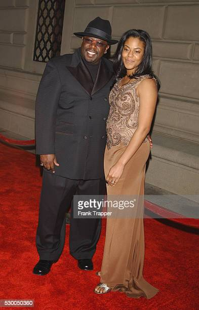 Cedric the Entertainer and wife Lorna arriving at the 29th Annual People's Choice Awards