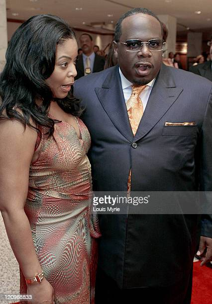 Cedric The Entertainer and wife Lorna during White House Correspondents Dinner Arrivals April 30 2005 at Hilton Hotel in Washington DC United States
