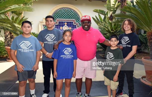 Cedric The Entertainer appears with Boys & Girls Club kids at Cedric The Entertainer Golf Classic at Spanish Hills Country Club on August 16, 2021 in...