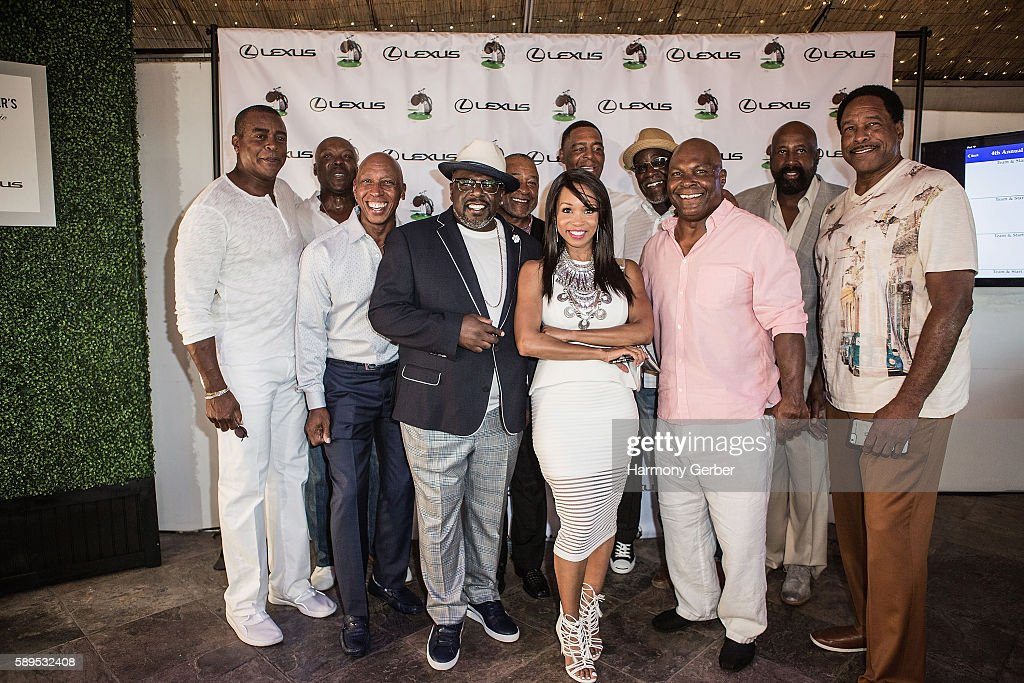 Cedric The Entertainer's VIP Dinner - Arrivals