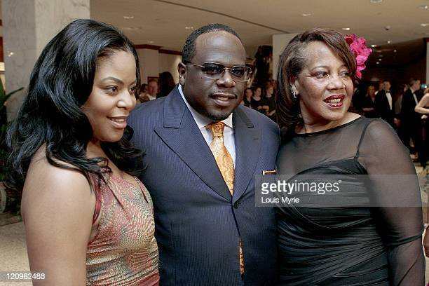 Cedric The Entertainer mother and wife Lorna