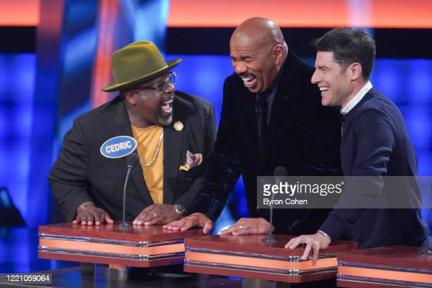FEUD Cedric The Entertainer vs Wayne Brady and The Hills New Beginnings vs Jersey Shore Family Vacation Television host and comedian Wayne Brady...