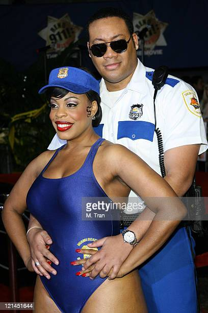 Cedric Yarbrough and Niecy Nash during Reno 911 Miami Los Angeles Premiere Arrivals at Grauman's Chinese Theater in Hollywood California United States