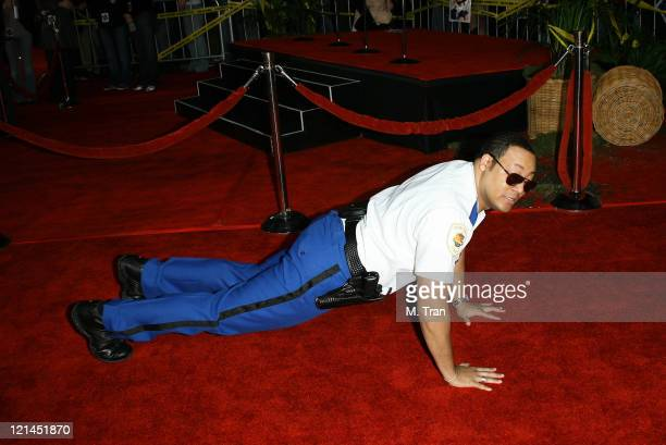 Cedric Yarbrough during Reno 911 Miami Los Angeles Premiere Arrivals at Grauman's Chinese Theater in Hollywood California United States