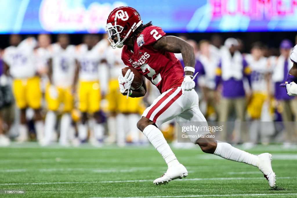 College Football Playoff Semifinal at the Chick-fil-A Peach Bowl - LSU v Oklahoma : News Photo